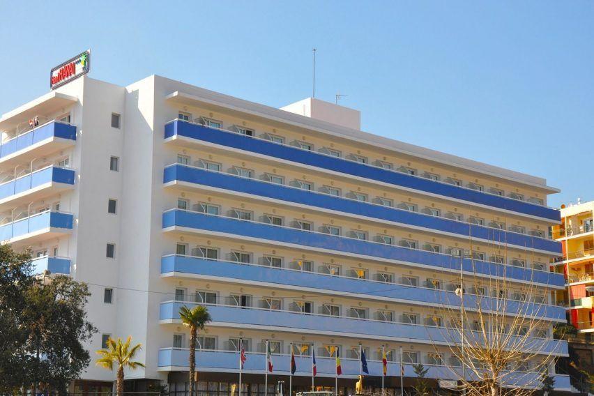 funclub obozy mlodziezowe hawaii hotel lloret hiszpania lloret de mar zolta strzala (8)