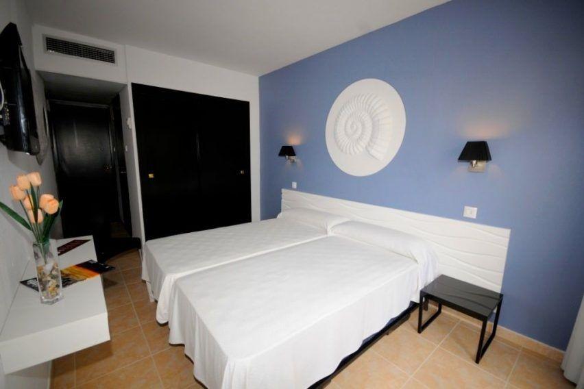 funclub obozy mlodziezowe hawaii hotel lloret hiszpania lloret de mar zolta strzala (9)