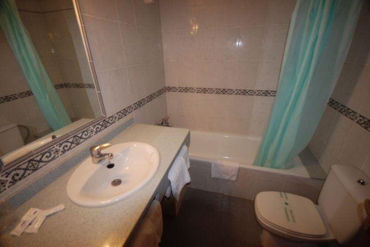 hiszpania hotel copacabana lloret de mar funclub obozy mlodziezowe zolta strzala wenecja  (4)