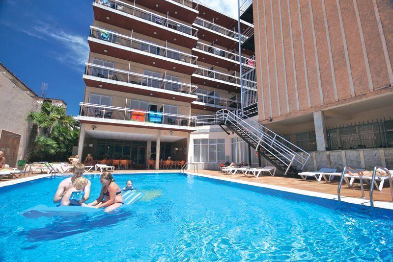 hiszpania hotel copacabana lloret de mar funclub obozy mlodziezowe zolta strzala wenecja gardaland (1)