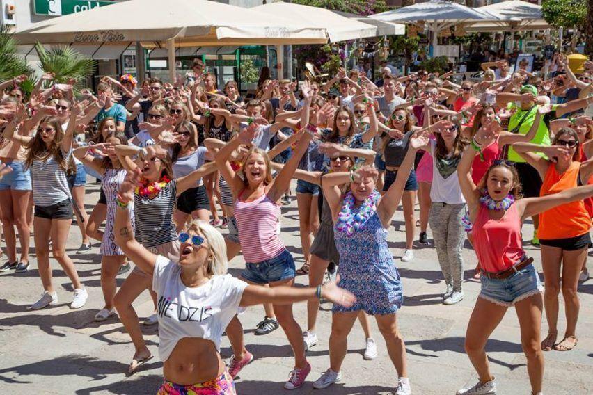 obozy mlodziezowe bulgaria hotel teen palace all inclusive obozy mlodziezowe funclub (3)