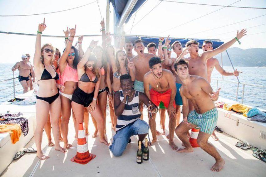 obozy pomaturalne obozy mlodziezowe matura po maturze funclub hiszpania lloret de mar chill goya hotel (4)