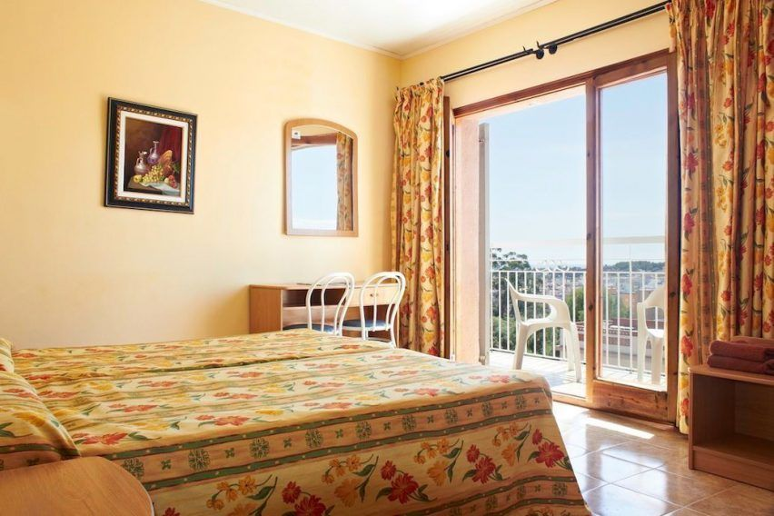 wypoczynek hiszpania studencka sesja hotel goya lloret de mar funclub-6