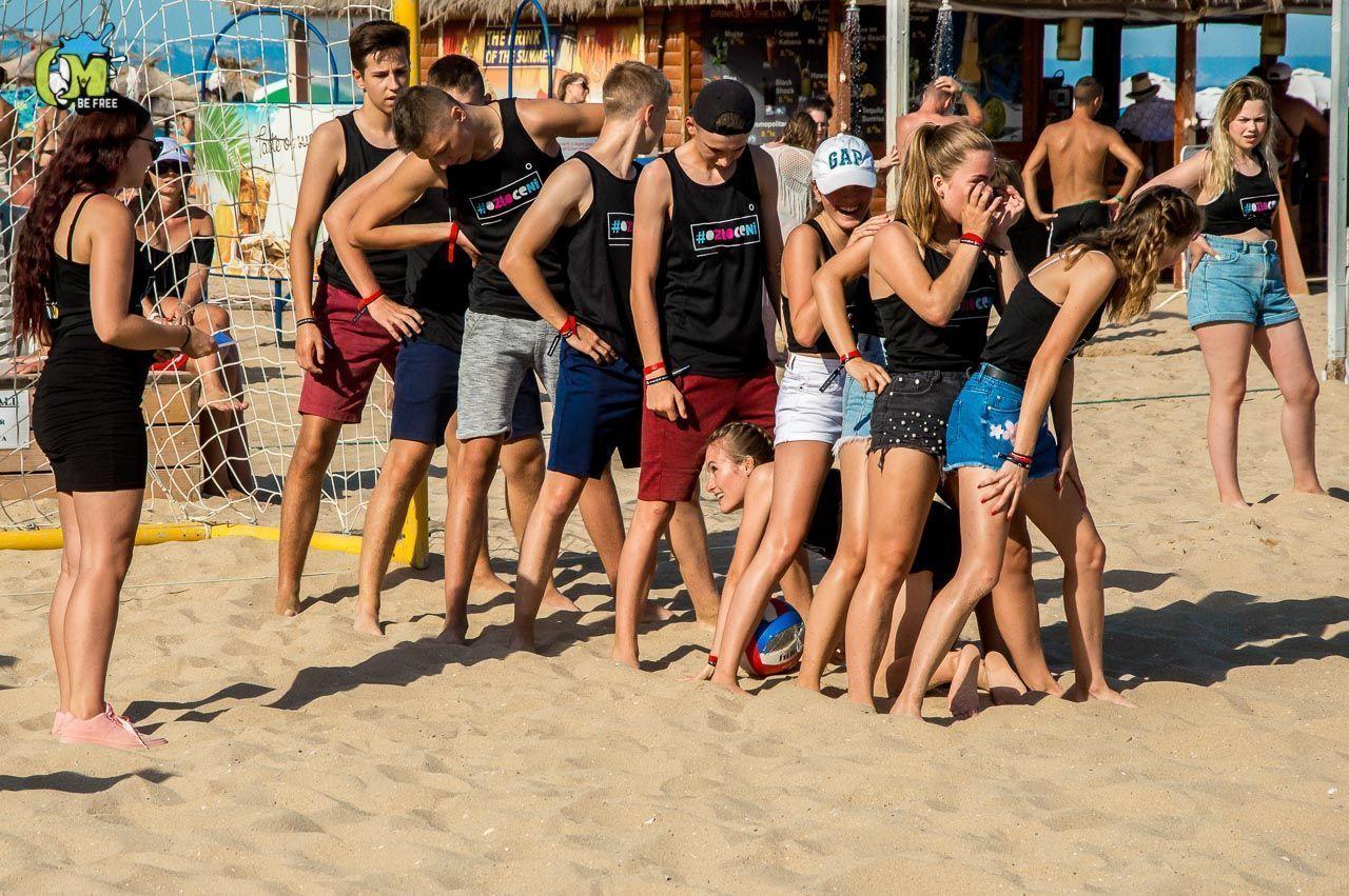 Konkursy, zabawy na plaży - Obóz w Bułgarii 2019 13 - 19 lat