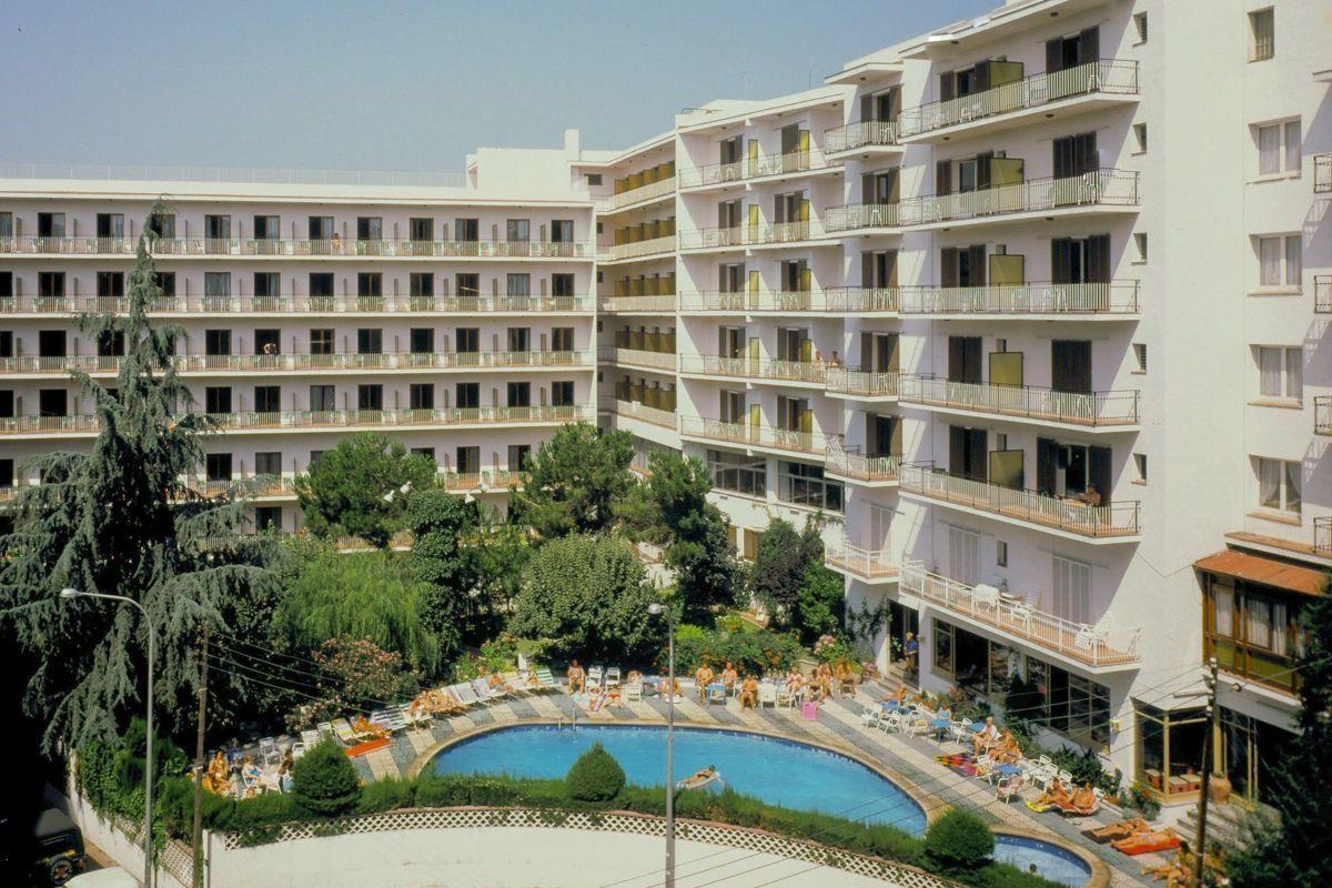 clipper hotel clipper obozy mlodziezowe funclub hiszpania lloret de mar fun chill202