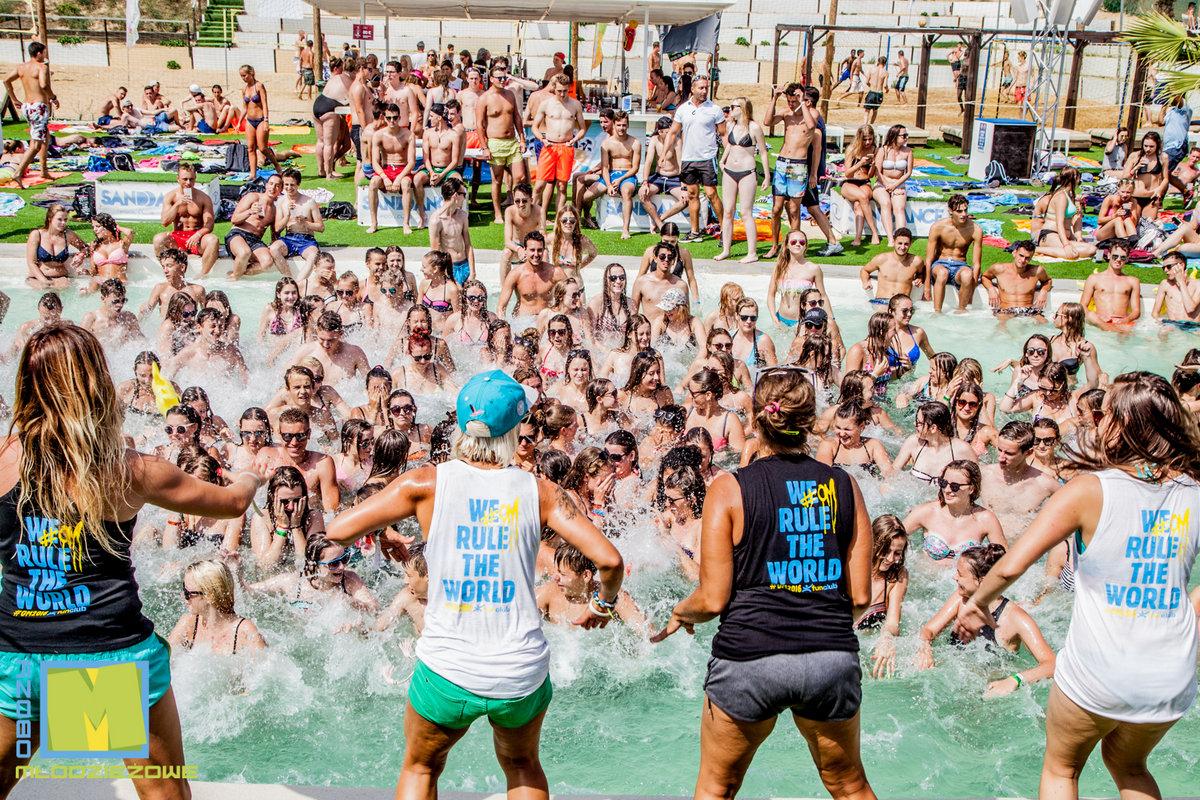 funclub obozy mlodziezowe hawaii hotel lloret hiszpania lloret de mar zolta strzala (11)