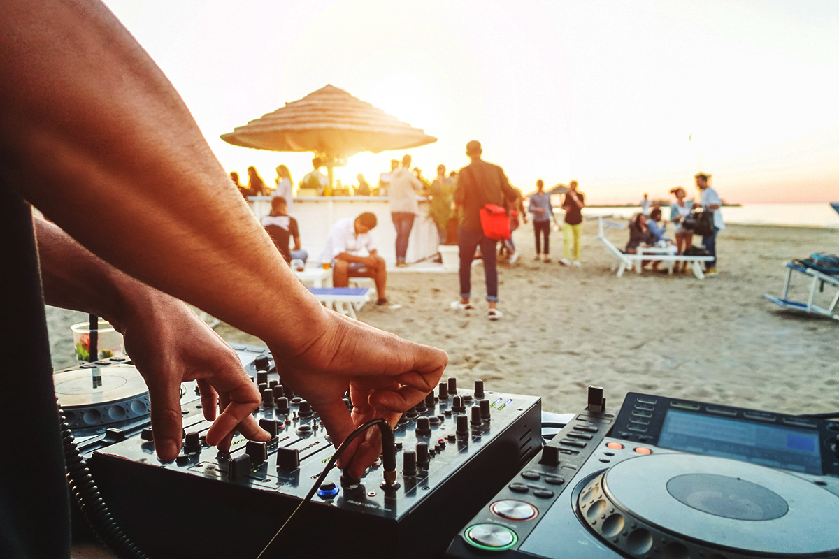 Clubbing w Słonecznym Brzegu